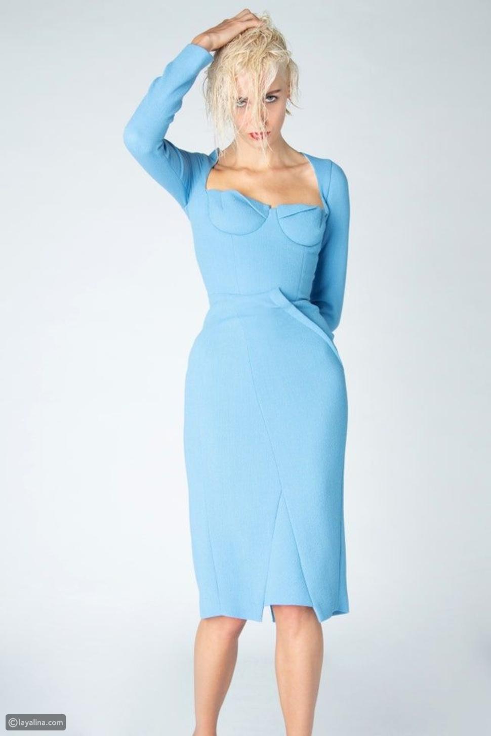 فستان بخط رقبة مربع من مجموعةRoland Mouret