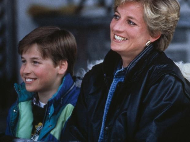 آخر محادثة هاتفية جمعت بين الأمير ويليام ووالدته أزعجتهما بشدة