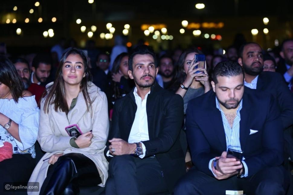 أحمد إبراهيم زوج أنغام ضمن جمهور حفلها