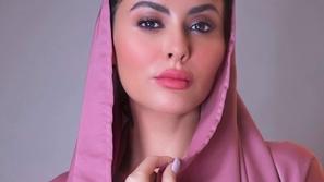 مريم حسين تطل ببشرة سمراء داكنة بأحدث صورها نبذاً للعنصرية