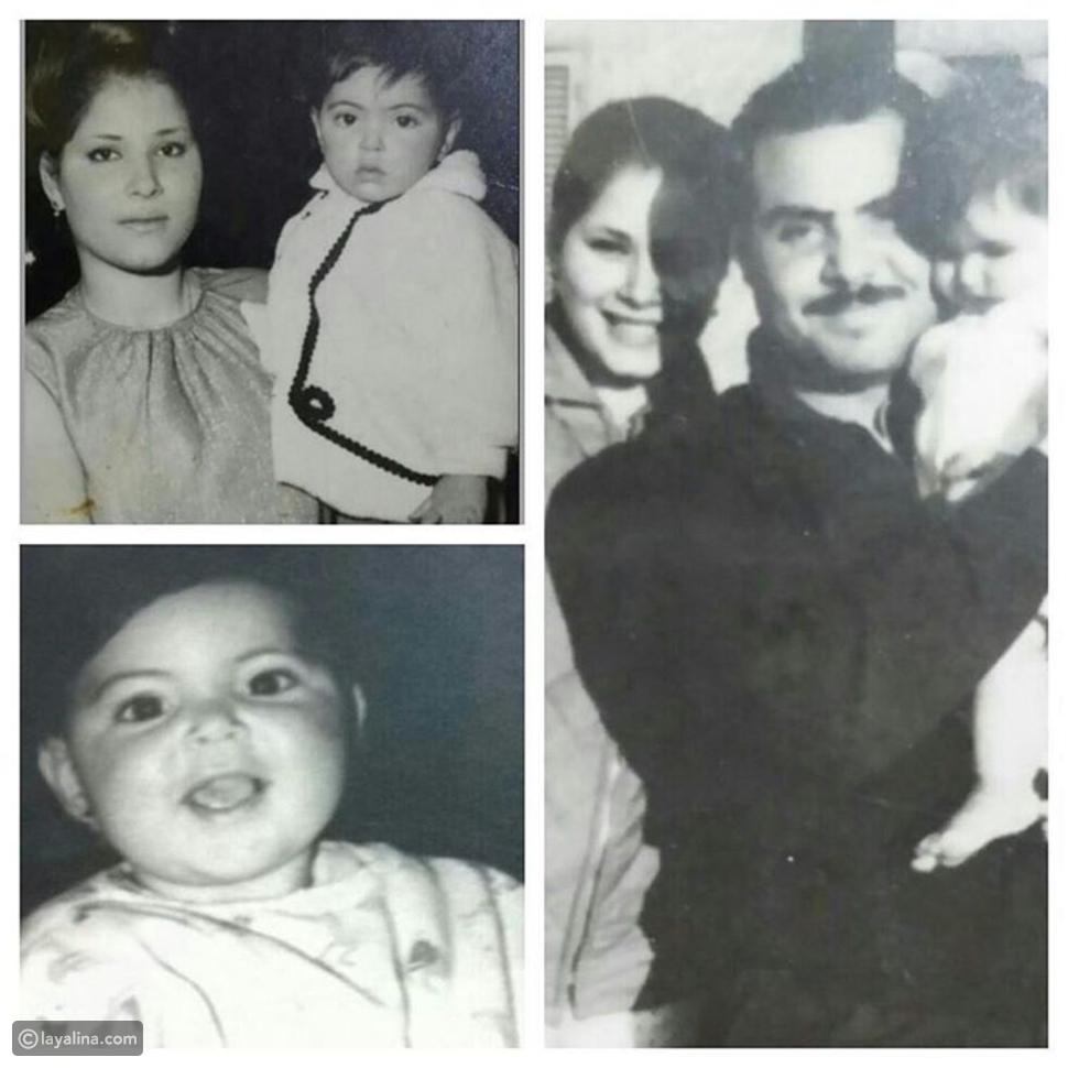 مها أحمد في طفولتا مع والدتها ووالدها