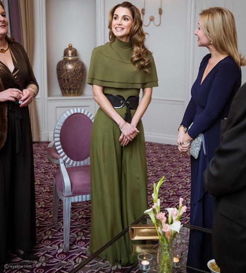 إطلالة جمعت بين العصرية والأناقة بشكل مثالي للملكة رانيا