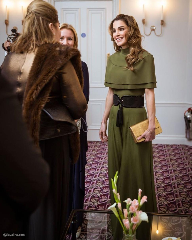 إطلالة تتبع آخر صيحات الموضة ميزت خيار الملكة رانيا في لندن