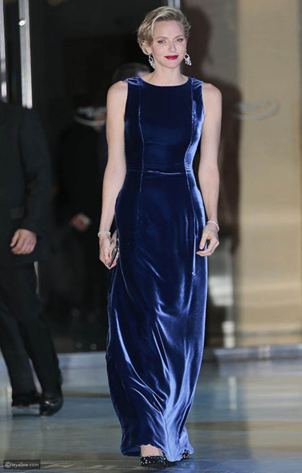 ارتدي الأزرق الكلاسيكعلى طريقة الأميرة شارلين أميرة موناكو