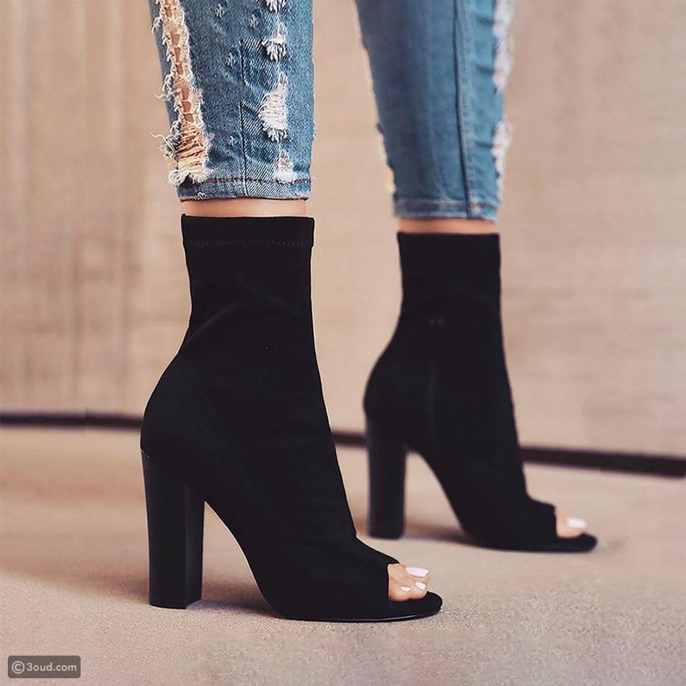 أحذية شتوية مكشوفة