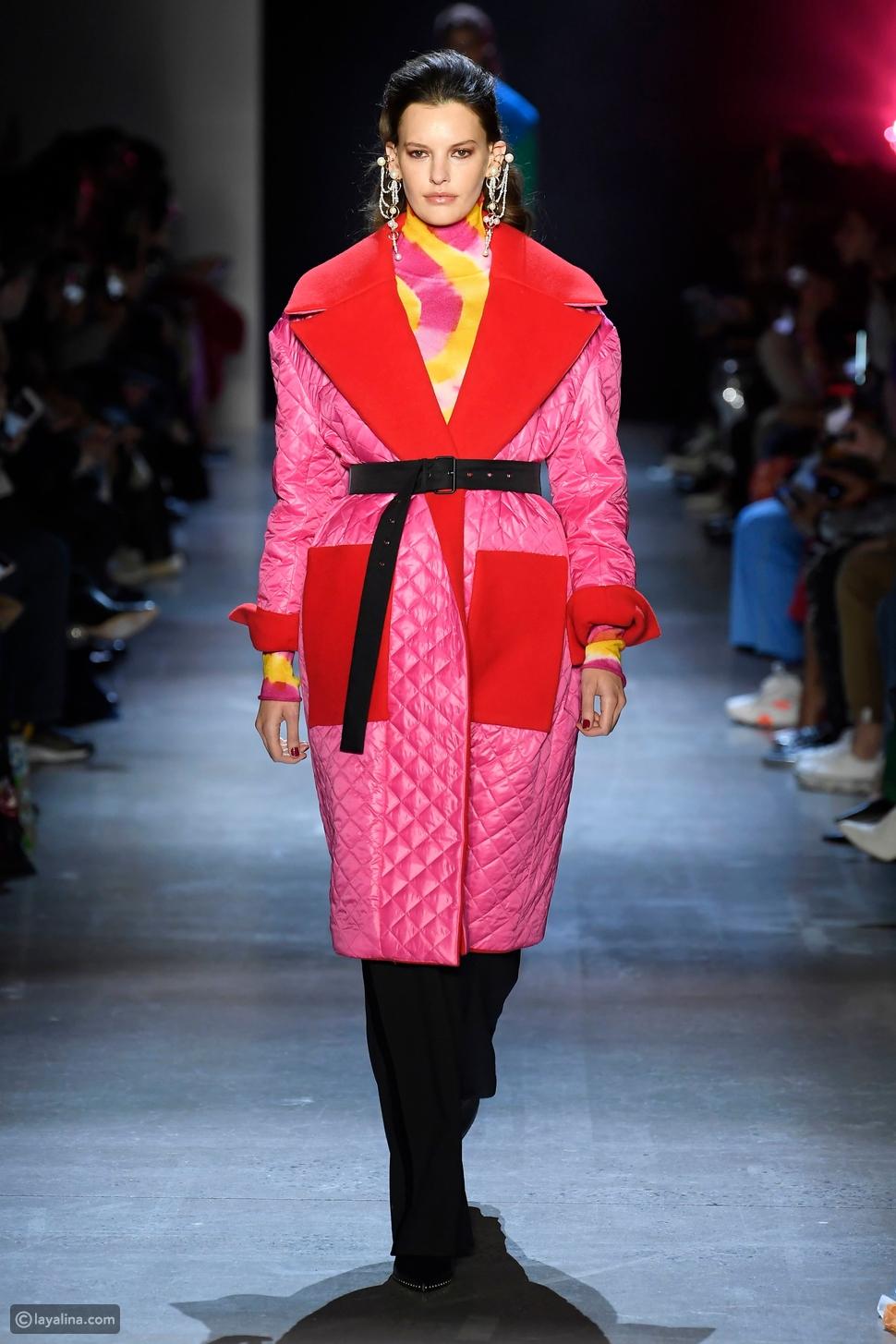 معطف مبطن في عرض أزياءبرابال جورونج Prabal Gurung