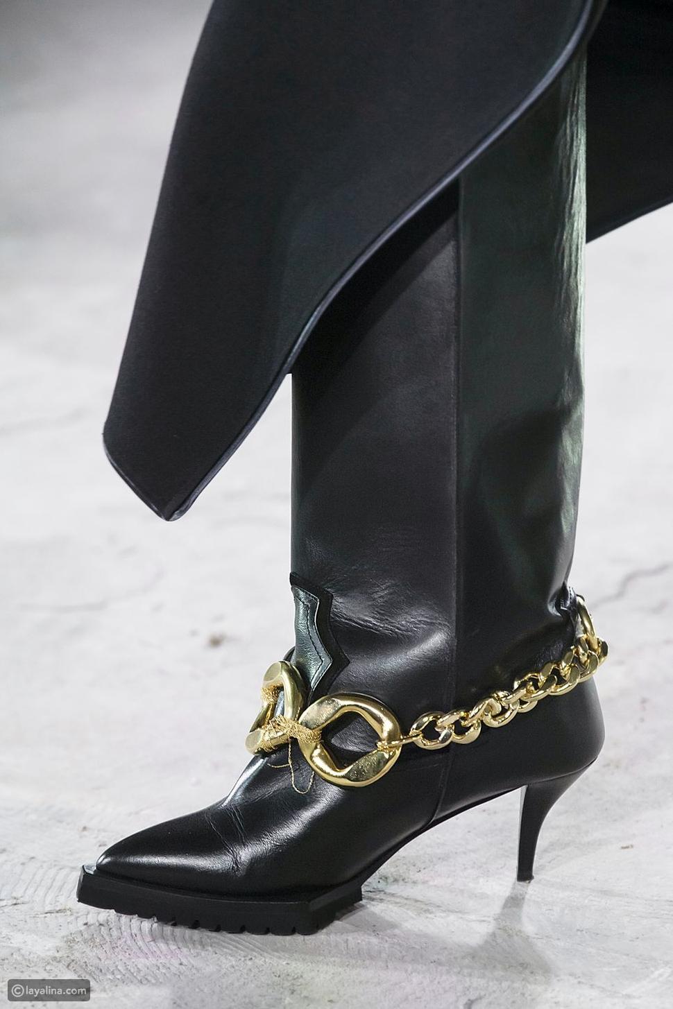 أحذية مزينة بالسلاسلChain Details