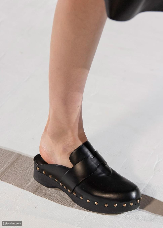 أحذية خشبية قباقيب