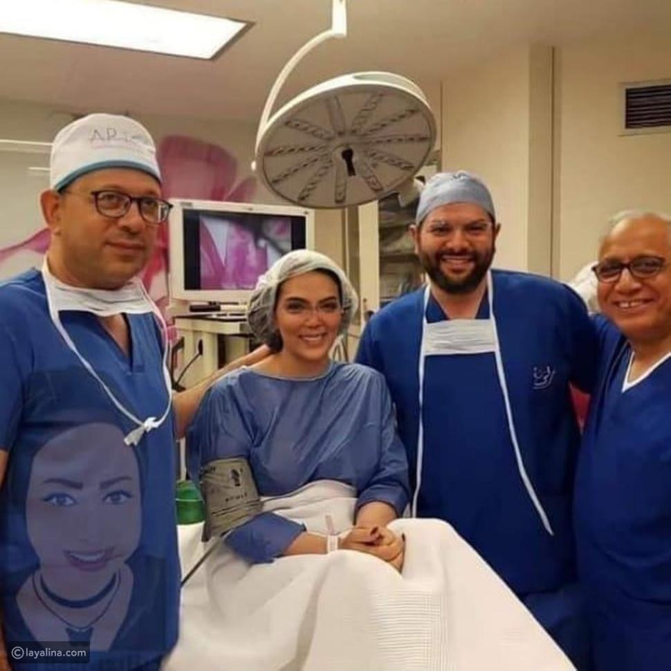 صورة لحورية فرغلي من داخل غرفة العمليات