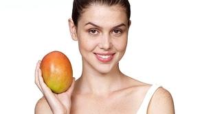 باحثة سعودية تبتكر علاجاً لسرطان الثدي من بذور فاكهة المانجو