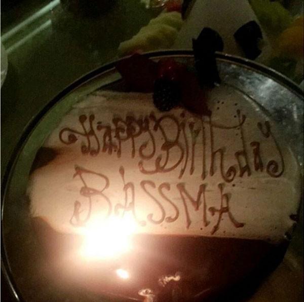 صور تامر حسني يحتفل بعيد ميلاد زوجته بسمة بوسيل وهذا هو عمرها!