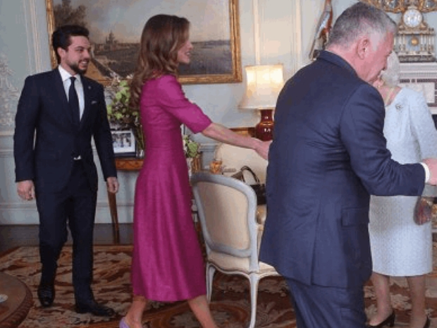 زيارة ملك الأردن وعقيلته وولي العهد للملكة إليزابيض