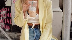 الأصفر الباستيل لون آخر رائع للصيف اضيفيه إلى خزانة ملابسك