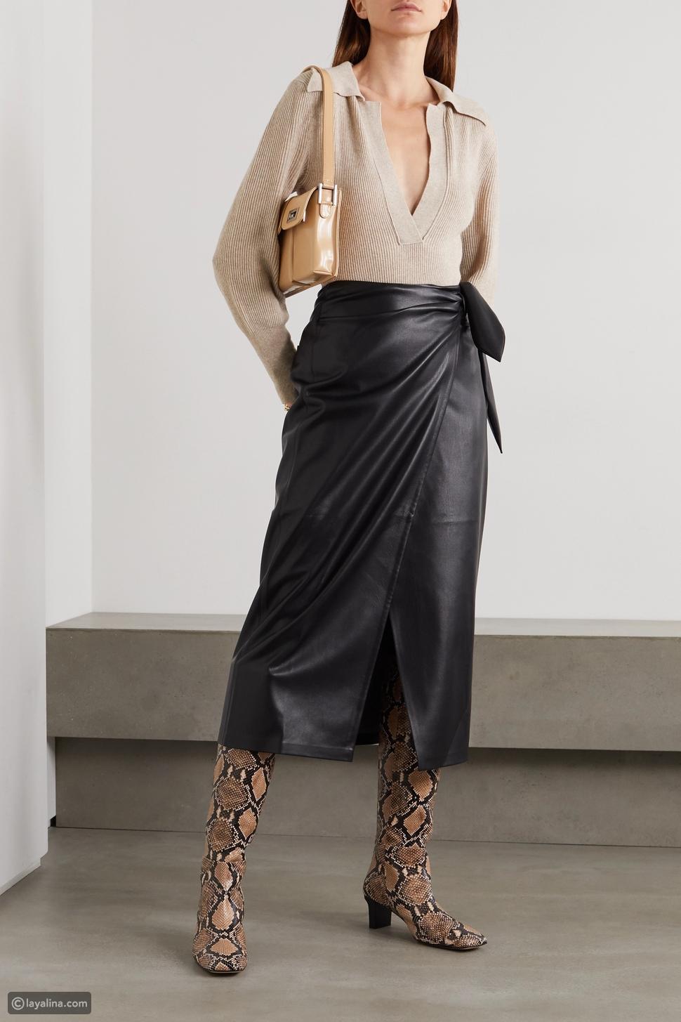 تنورة جلدية ملفوفة