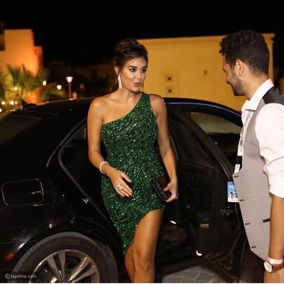 فستان ياسمين صبري من تصميم يوسف الجسمي