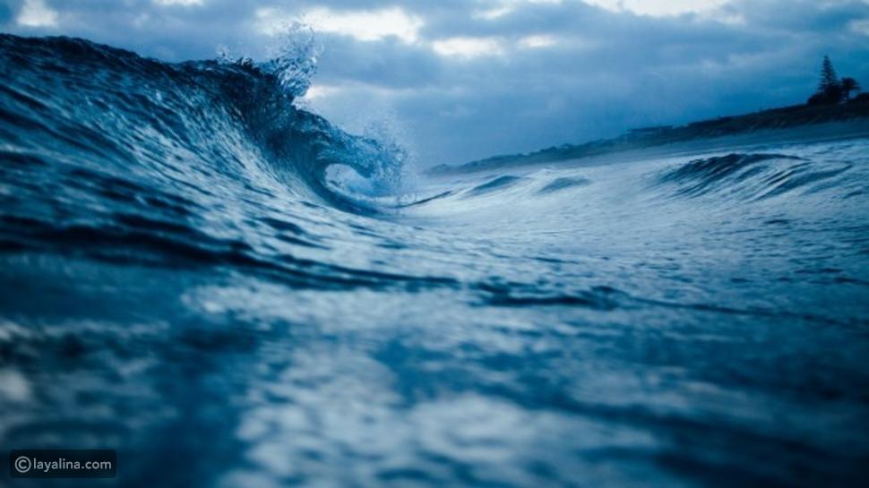 تفسير حلم رؤية البحر الهادئ والهائج
