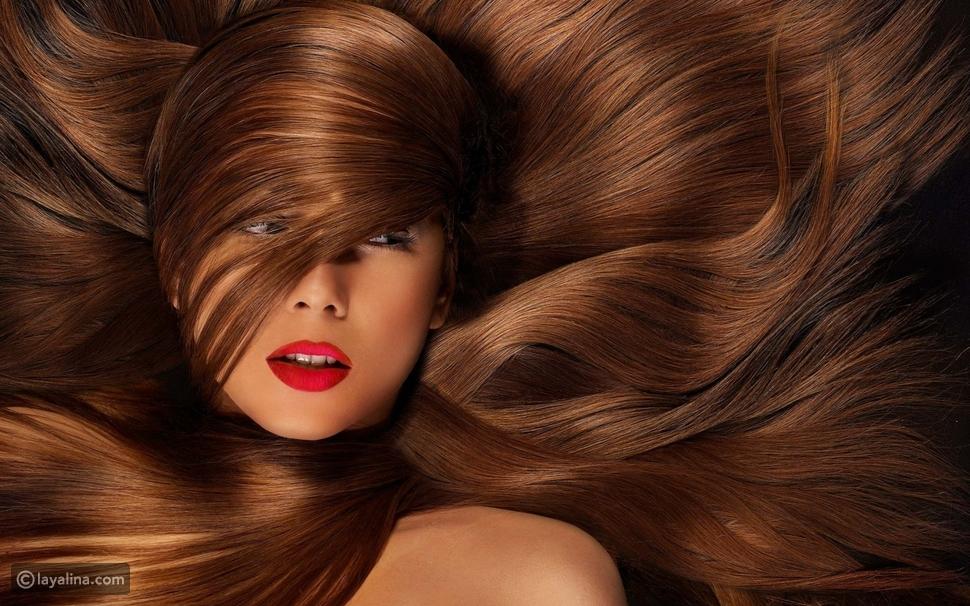 الحناء من أفضل المواد لصبغ الشعر وتغذيته