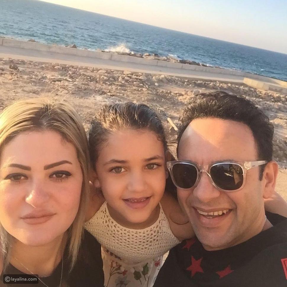مصطفى قمر يحتفل بعيد ميلاد ابنته ويغني لها مع أسرته: أشوفك عروسة