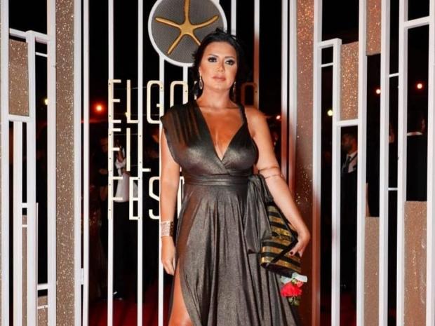 رانيا يوسف تعلق على انتقادات فستانها في مهرجان الجونة