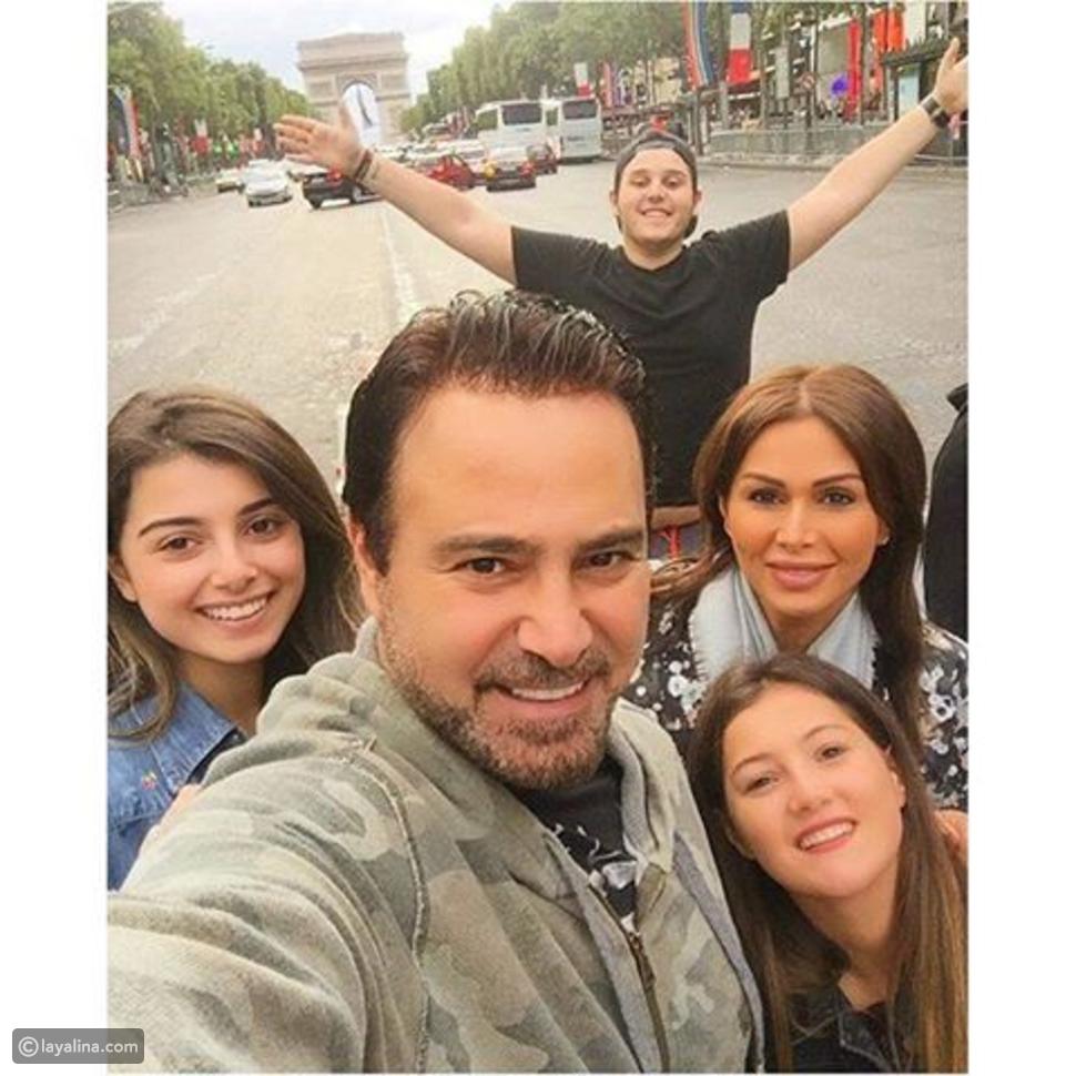 عاصي الحلاني وعائلته في رحلة باريسية.. بالصورة