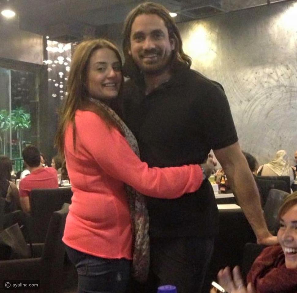 صورة أمير كرارة مع زوجته الجميلة في أحدث ظهور لهما