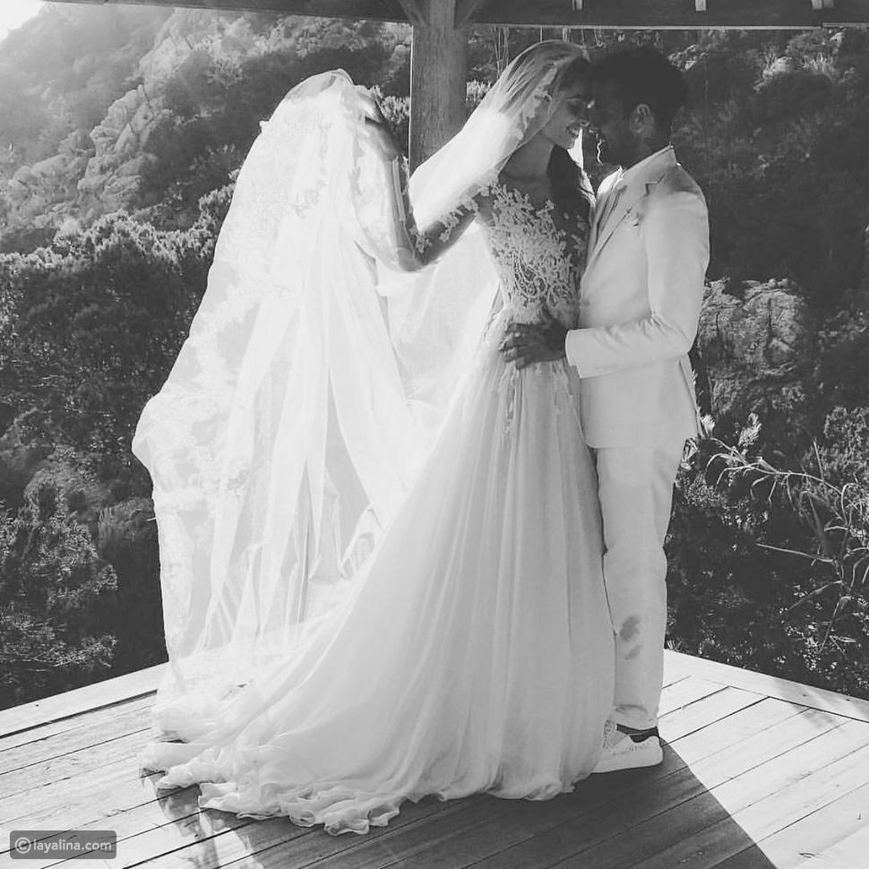 حفل زفاف عارضة الأزياء الإسبانية جوانا سانز في جزيرة إيبيزا
