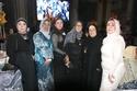 والدة العروس مع شقيقات والدة العروس