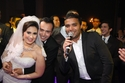الفنان رامي صبري مع العروسين أحمد ورحمة