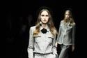 زي من مجموعة الحلل في مجموعة أزياء جورجيو أرماني لما قبل الخريف 2020