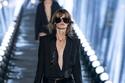 1  مجموعة أزياء Yves Saint Lauren لربيع وصيف 2020 في باريس