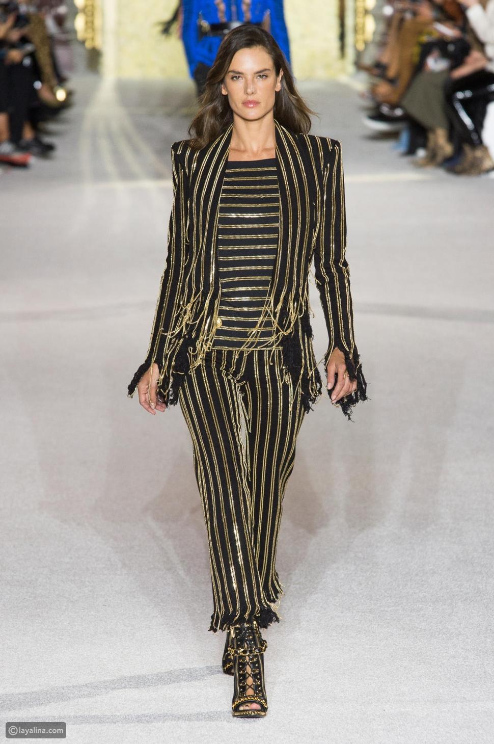 أليساندرا أمبروسيو في عرض أزياء بالمان ربيع 2018 للأزياء الجاهزة