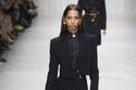 1 مجموعة Versace للأزياء الجاهزة لموسم ربيع 2018