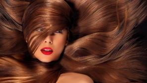 فيديو تفسير رؤية سقوط الشعر في المنام وألوانه في الحلم!