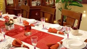 فيديو أفكار ساحرة لتزيين سفرة رمضان باللون الأحمر