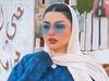 هند القحطاني ترقص برفقة ابنتها وتستعرض جمالها بطريقة مثيرة للجدل