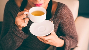 فوائد الشاي الصحية مع القليل من الأعشاب