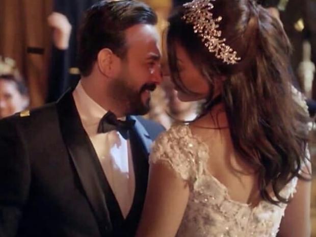 لقطة من مشهد الزفاف في
