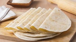 بالفيديو طريقة تحضير خبز التورتيلا في المنزل